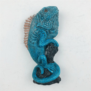 Crocodile resin material refrigerator stick lizard shape refrigerator stick animal shape resi